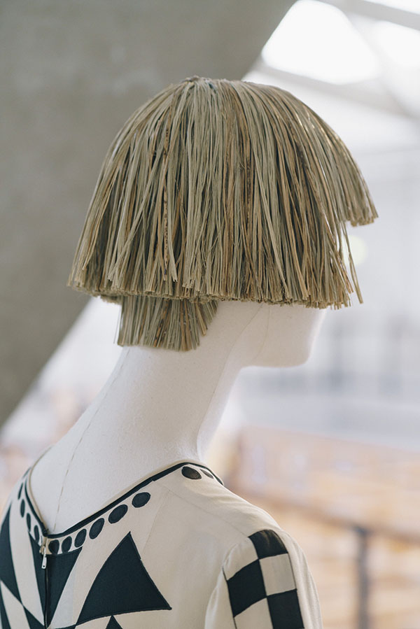 Wig for Chloé vintage dress Esparto grass from Spain This Art Deco style  bob haircut wig was created to accompany a historical piece by Karl  Lagerfeld for ... f534e9b91161